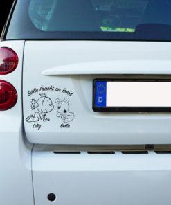 Auto Aufkleber Mädchen mit Hund - Süße Fracht an Bord -