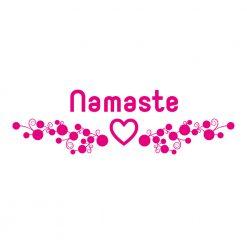 Wanddekor Namaste mit Herz und beruhigenden Punkten