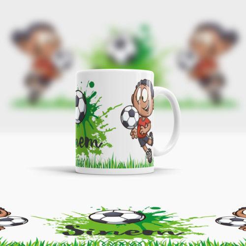 Kunststoff Mädchen Tasse mit Namen und Fußball Motiv Ansicht rechts