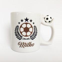 Fußball Tasse gestalten mit drehbarem Fußball am Henkel Ansicht rechts