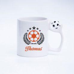 Fußball Kaffeetassen mit drehbarem Fußball am Henkel Ansicht rechts