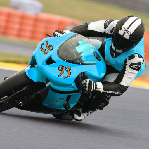 Aufkleber mit Ziffern am Beispiel Motorrad