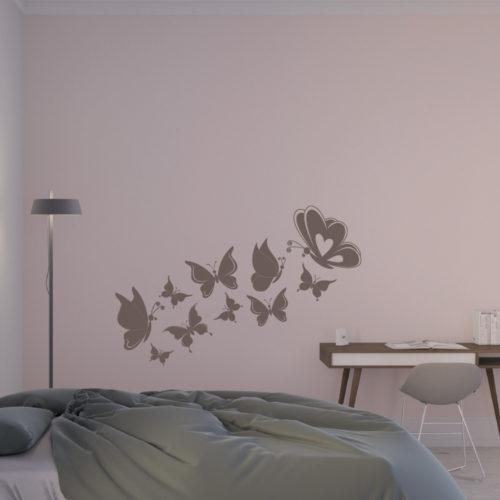 Wanddekor mit Schmetterlingen