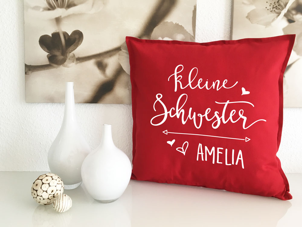 kissen geschenk kleine schwester name geschenkidee beste schwester. Black Bedroom Furniture Sets. Home Design Ideas