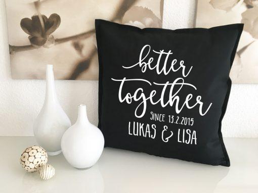 Kissen als Hochzeitsgeschenk mit Namen