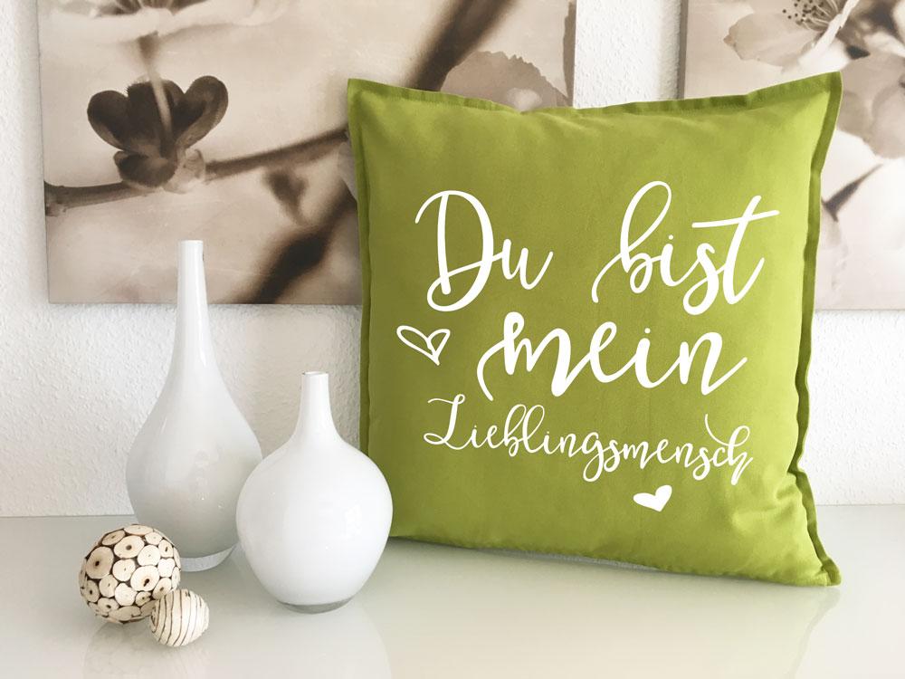 kuschelkissen du bist mein lieblingsmensch kissen f r sofa. Black Bedroom Furniture Sets. Home Design Ideas