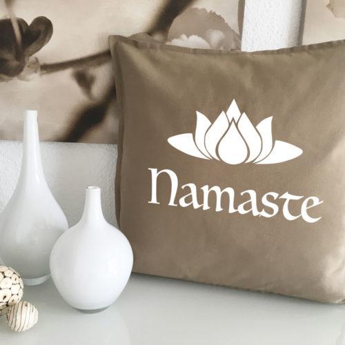 Yoga Kissen Namaste
